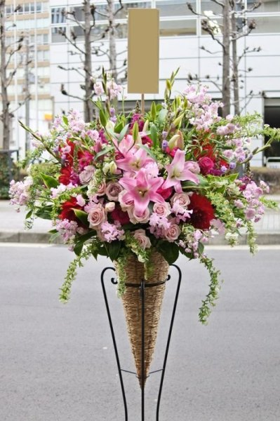 画像1: コーンスタンド1段20,000円 (1)